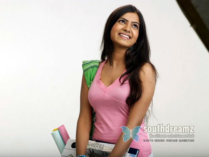 Telugu actress samantha glamour pictures 3