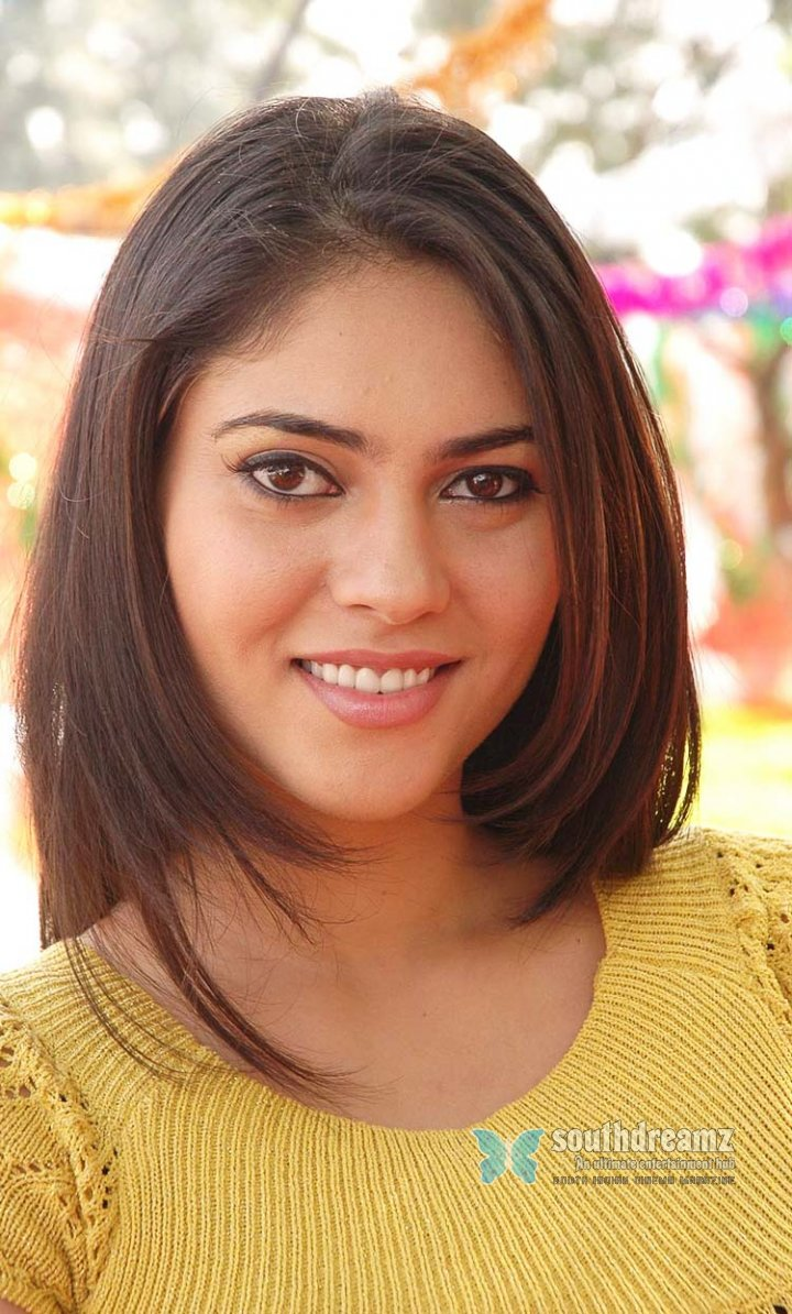 Hot actress shireen pictures 60
