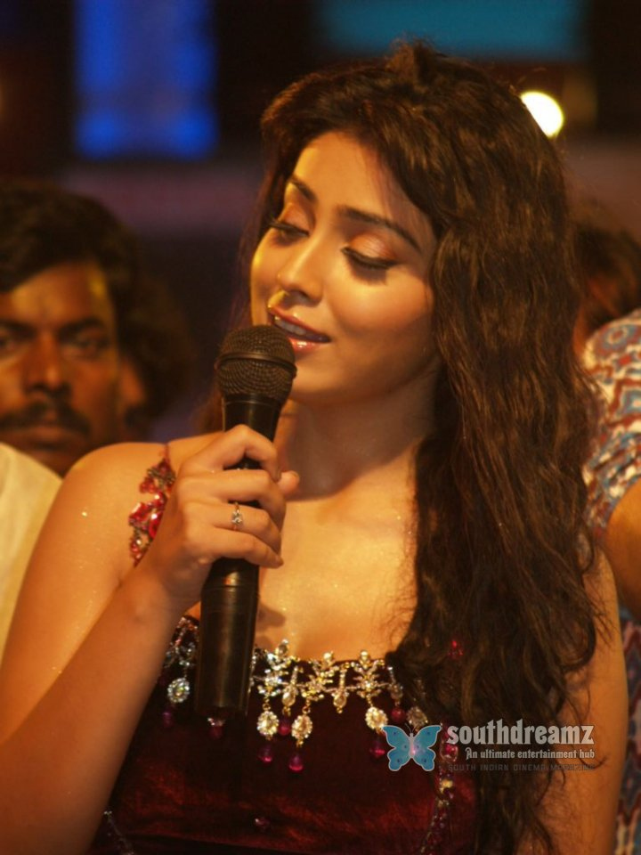 Shriya in thulasi audio 34