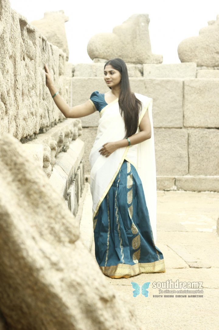 Hot actress shruti reddy cute photos 46