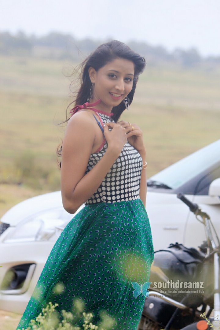 Hot actress shubha raksha cute photos 2