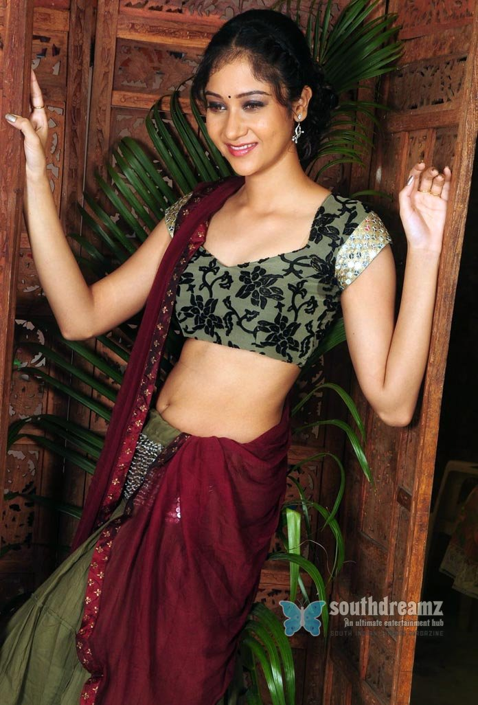 Hot actress sindhu affen glamour photos 19
