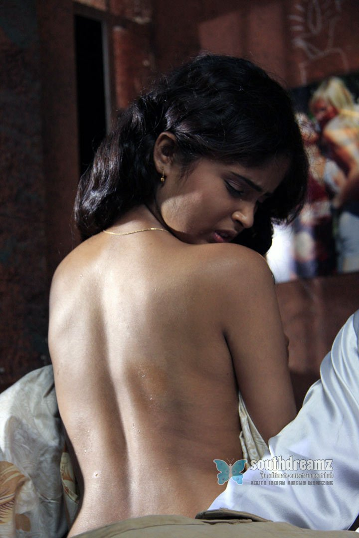 Actress  Sonia Suri  Telugu Actress Sonia Suri Hot -3138