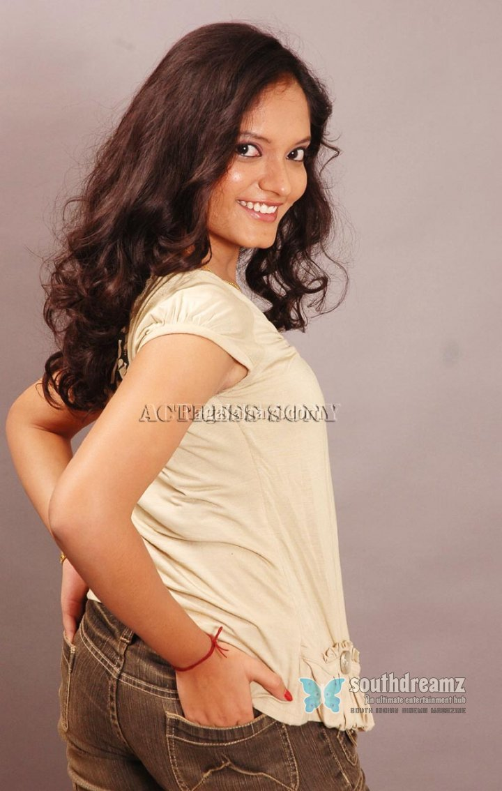 Actress sony glamour stills 37
