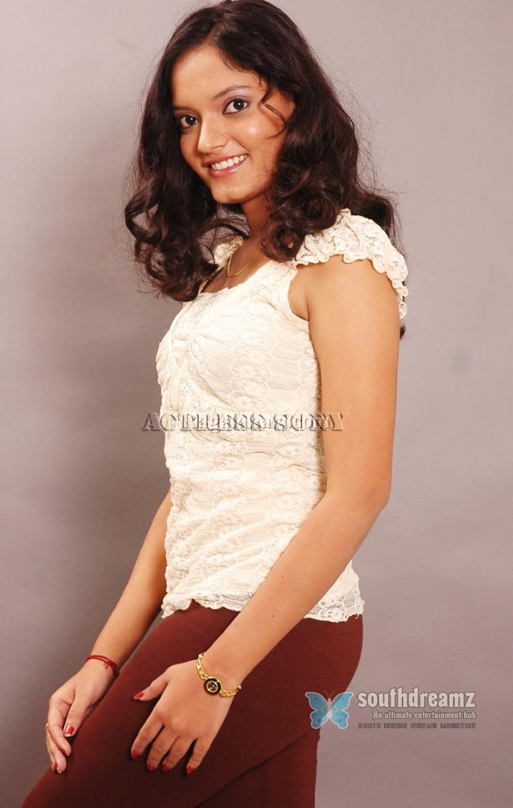 Actress sony glamour stills 56