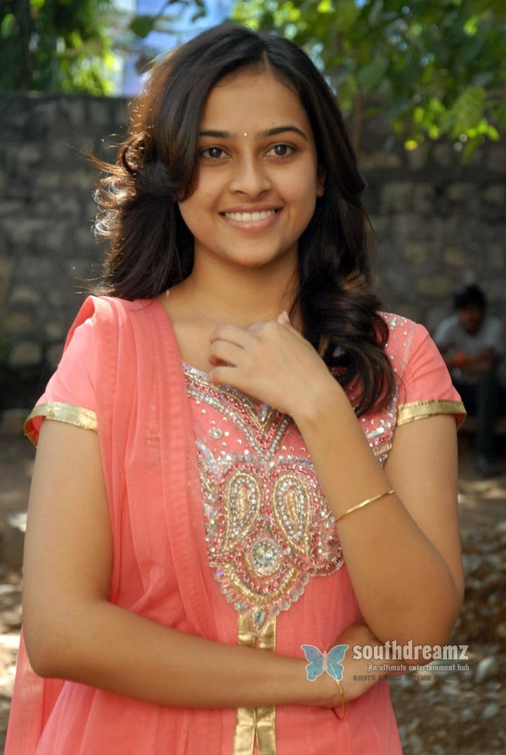 Actress sri divya the world of fashion and style photos 75