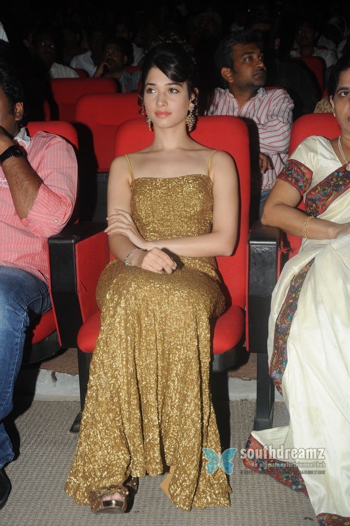 Telugu actress tamanna hot spicy stills 13