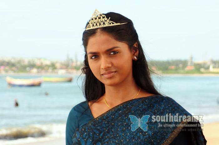 http://gallery.southdreamz.com/cache/movie-gallery/neerparavai/neer-paravai-tamil-movie-vishnu-sunaina-images-11_720_southdreamz.jpg