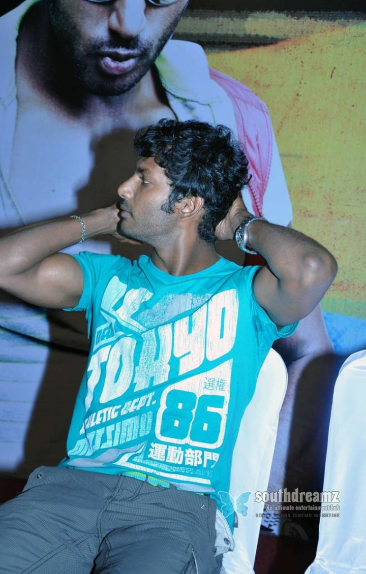 Kollywood actor vishal pressmeet stills pics gallery 06